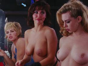 nude drunk college women past out